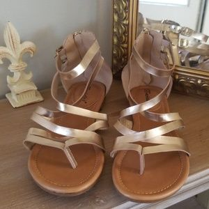 NWT Rose Gold Breckell's Gladiator sandals 9